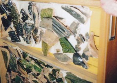 Funde, die bei der Kanalverlegung 1989/90 im Burggraben gemacht wurden.